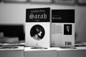 sarah-alfred-peza-bukinist